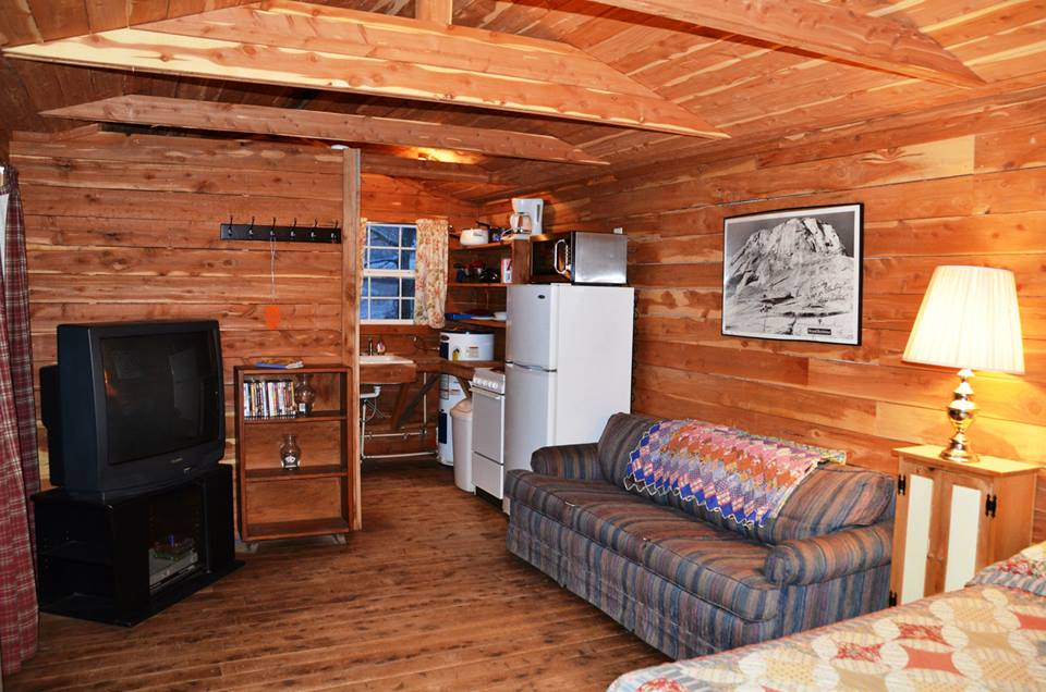 byrds cedar cabin living room